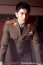 Ли Джин Ук