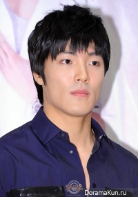 Ли Чжэ Юн