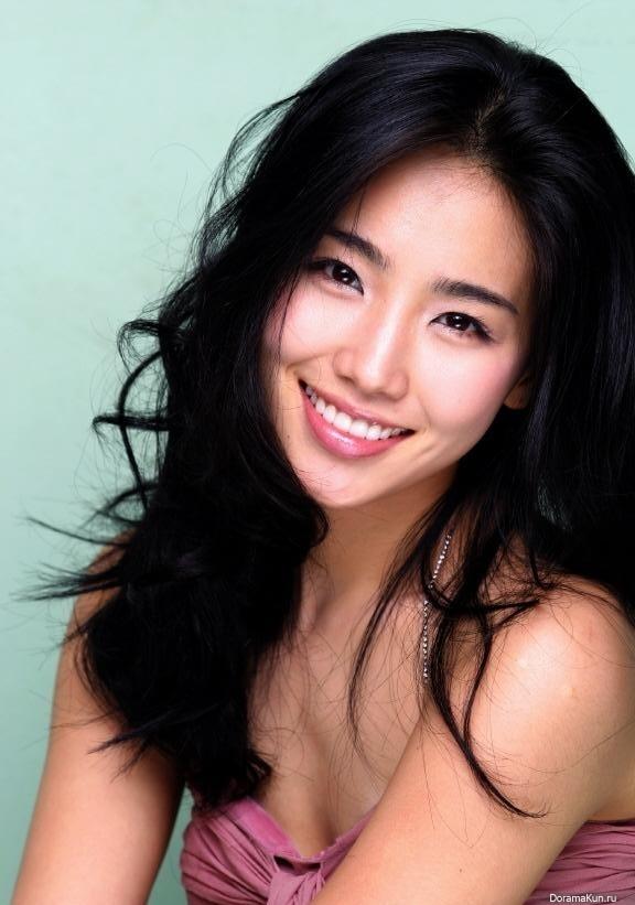 Ли Ю Ри / Lee Yoo Ri - Актеры и актрисы - Dorama & Live Action