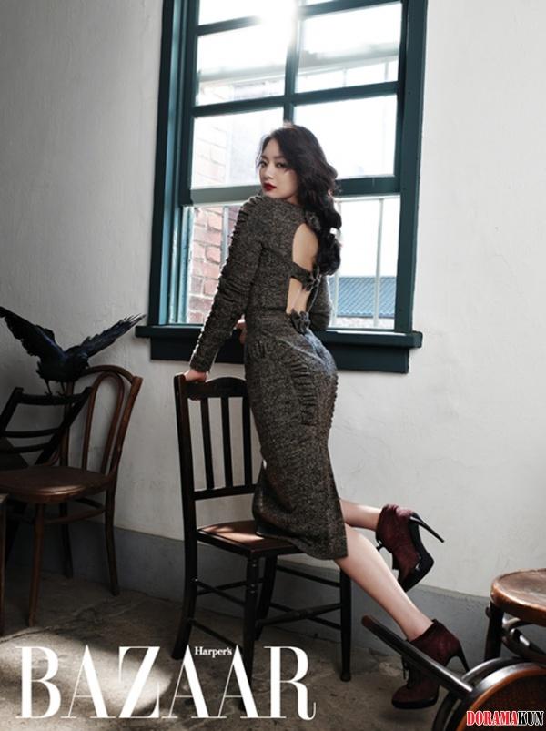 Син Мин А показала свой уверенный, сексуальный взгляд в новой фотосессии