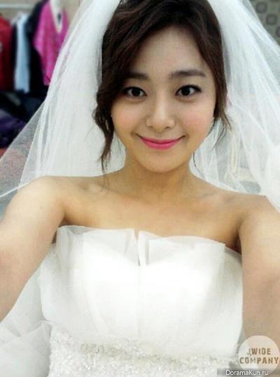 Актриса Ли Ён Ын