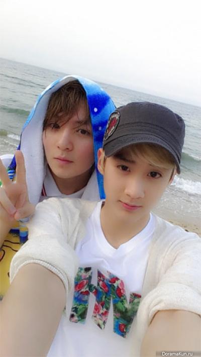 Чхон Чжи из Teen Top с Чхан Хёном