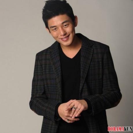 Актёр Ю А Ин заявил, что у него есть девушка - Новости