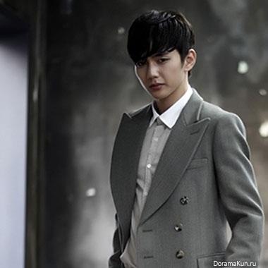 Выпущены промо-фото Ю Сын Хо для драмы