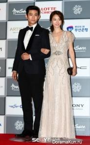 Taecyeon--Lee-Yeon-Hee