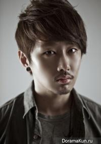 Kan Jong Wook
