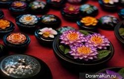 Разные цветы из мыла (Чианг Рей, Таиланд)