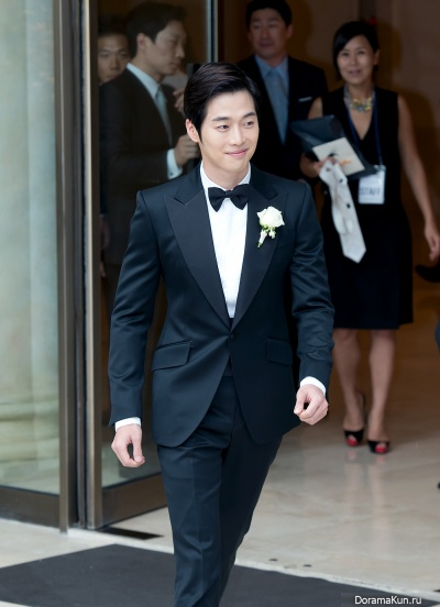 Ким Чже Вон на свадьбе
