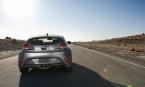 Компания Hyundai подготовила хэтчбек Veloster к ночным гонкам