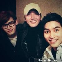 Ли Чон Сок снова встречается со своими коллегами по драме Я тебя услышу