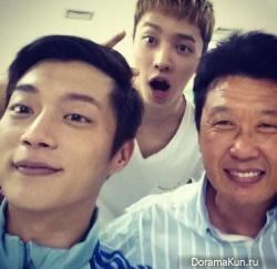 ДуЧжун из B2ST в Instagram