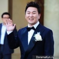 Певец Хо Гак женился