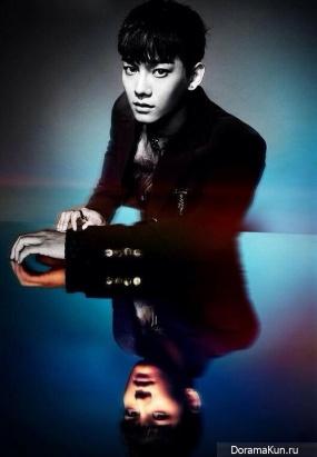 EXO опубликовали индивидуальные тизер-фото Чена и Бэкхёна