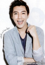 Aaron Yan для S-POP Desember 2013
