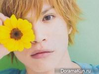 Yusuke Yamamoto для Junon August 2013