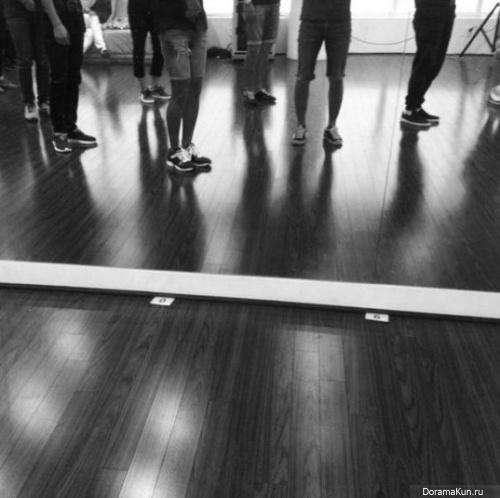 Донхэ из Super Junior намекает на возвращение Super Junior?