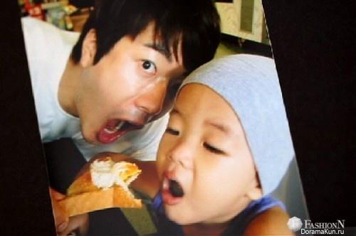 Квон Сан У с сыном