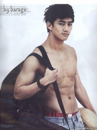 Тэкён (2PM)