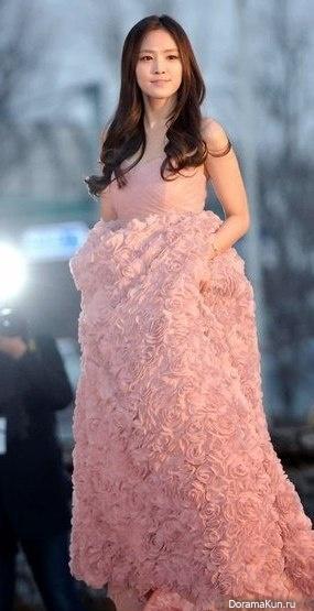 Сон Наын из A Pink