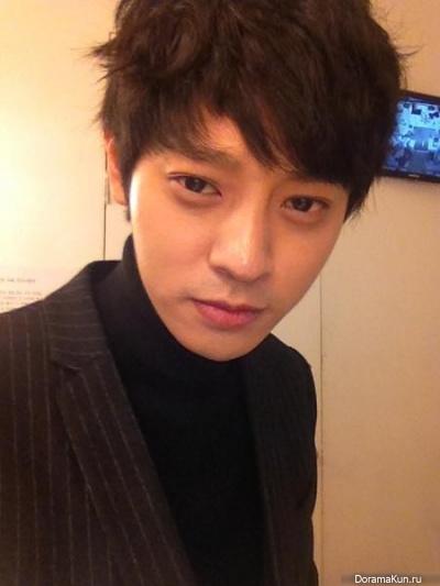 Jung-Junyoung