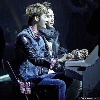 Чан Гын Сок и ДжеДжун