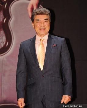 Lee Duk Hwa