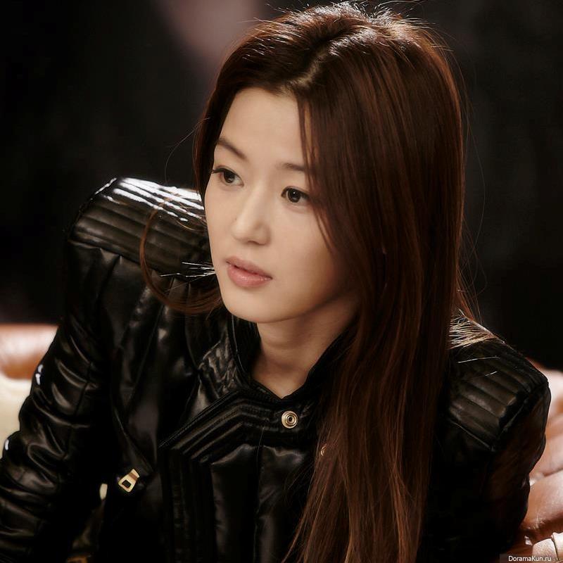 Kim soo hyun and yoona hookup