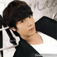 Донхэ из Super Junior