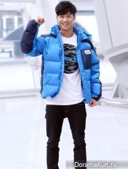 Чанёль из EXO и другие на церемонии шоу Законы джунглей