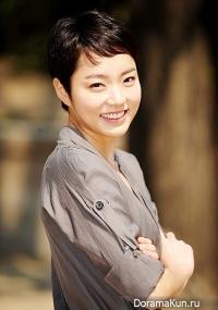 Lee Ah Lee