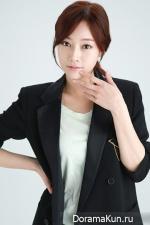 Jang Ah Young