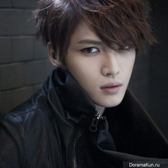 http://doramakun.ru/thumbs/users/21615/news/12052014/kim-jaejoong-335.jpg