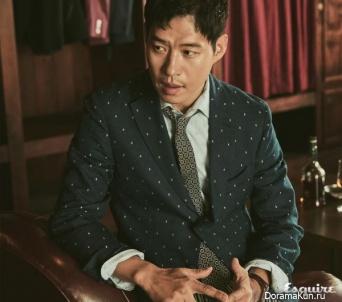 Yoo Jun Sang для Esquire August 2017
