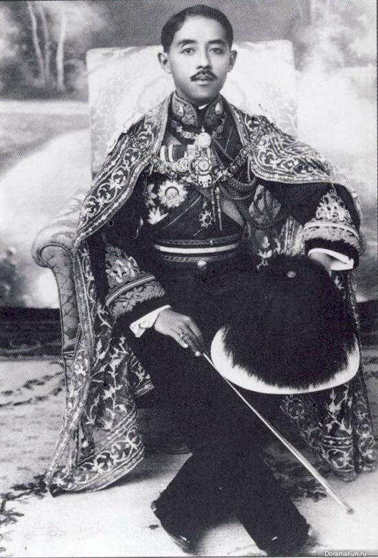 принц Чакрабон