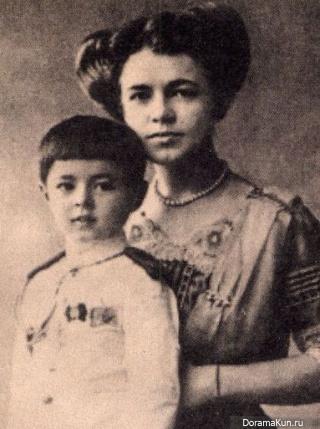 Катерина с сыном