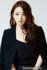 Cheon Woo Hee