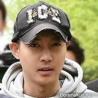 kim-hyun-joong-army