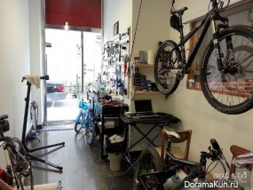 Bike Cafe in Bundane