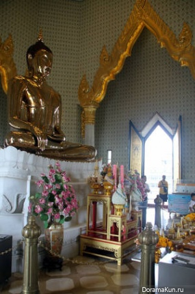 Золотой Будда