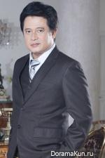 Noom Santisuk Promsiri