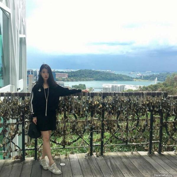 IU в Сингапуре