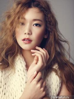 Lee Ho Jung для CeCi November 2014