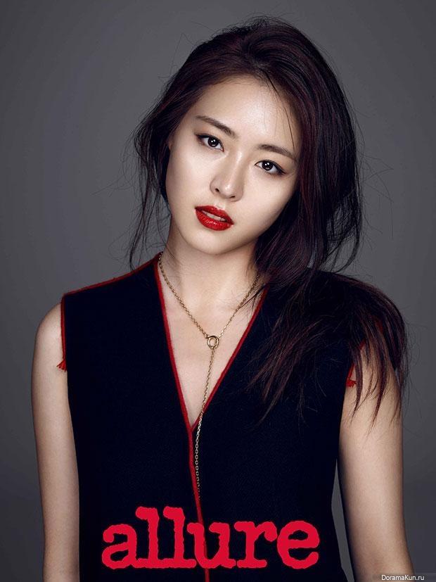 Yeon-hee Lee Nude Photos 86