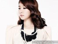 Yoon Eun Hye, Yoo In Na, Park Han Byul, Cha Ye Ryun для W Korea 2011