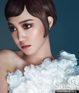 Naeun, Jung Eunji (A Pink) для Singles August 2013 Extra