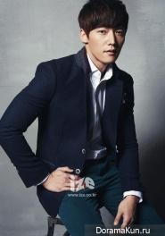 Choi Jin Hyuk для IZE Magazine December 2013
