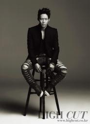 JYJ's Yoochun для High Cut Vol. 6