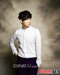 Joo Ji Hoon для Cine21