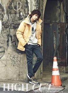 Kang Dong Won для High Cut Vol. 112