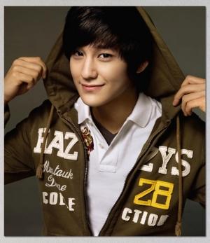 Kim Bum для LG HAZZYS Ad Campaign